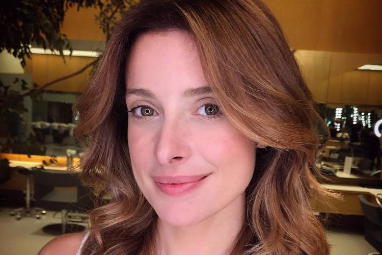 Bruna Spínola fala sobre a chegada da primeira filha