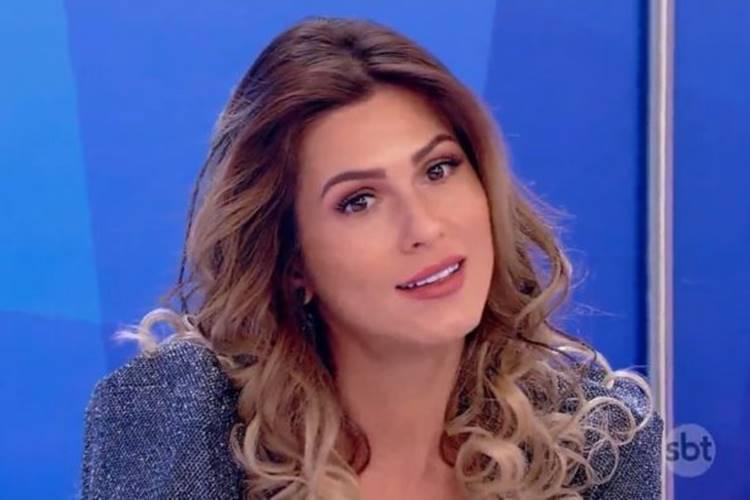 Após polêmicas, Lívia Andrade volta ao 'Fofocalizando' e não será mais apresentadora
