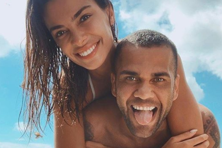 Famosa modelo casada com Daniel Alves desabafa sobre caso de machismo