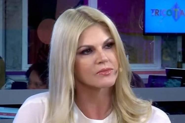 Val Marchiori no 'Tricotando' - RedeTV!/Reprodução