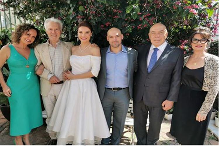 Amilcare Dallevo e Faa Morena se reúnem em casamento do filho em São Paulo