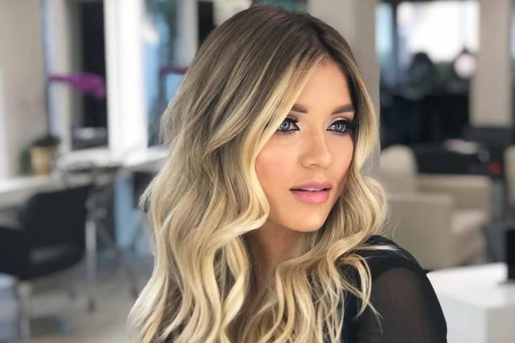 Lyandra, filha do sertanejo Leandro, curte show do 'Amigos'