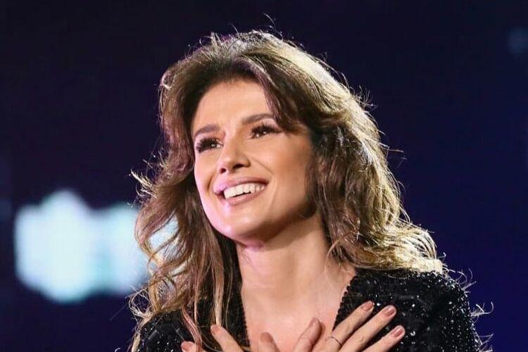 Sertaneja Paula Fernandes instaura incógnita sobre planos de gravidez e desabafa