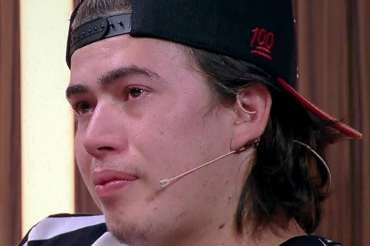Whindersson Nunes chora em desabafo sobre sua luta contra a depressão