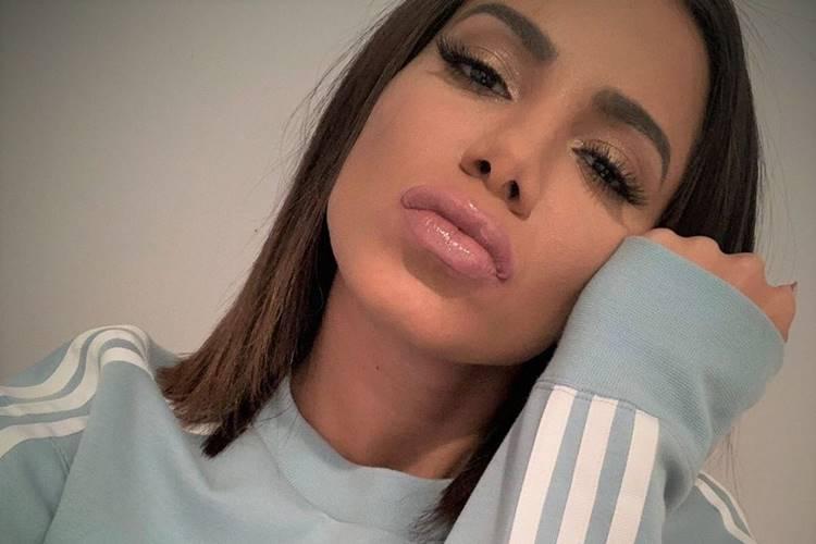 Anitta é acusada e vítima de processo de nova apropriação por famoso DJ