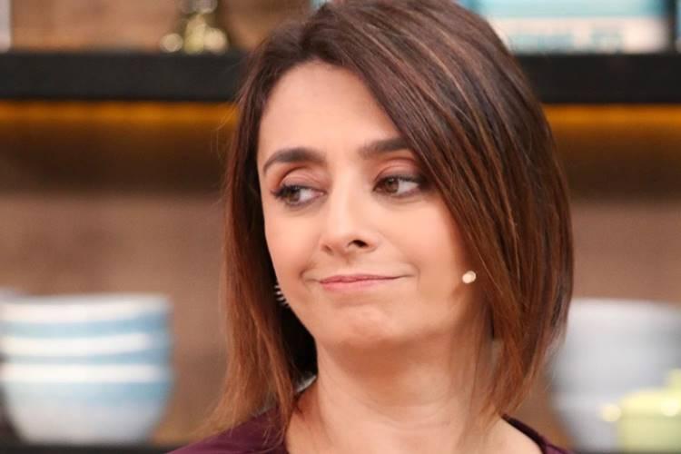 Após demissão na Band, jornalistas armam guerra para vaga no programa de Catia Fonseca