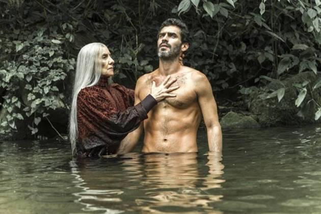 Desalma - Haia realiza ritual em Roman (Globo/Estevam Avellar)