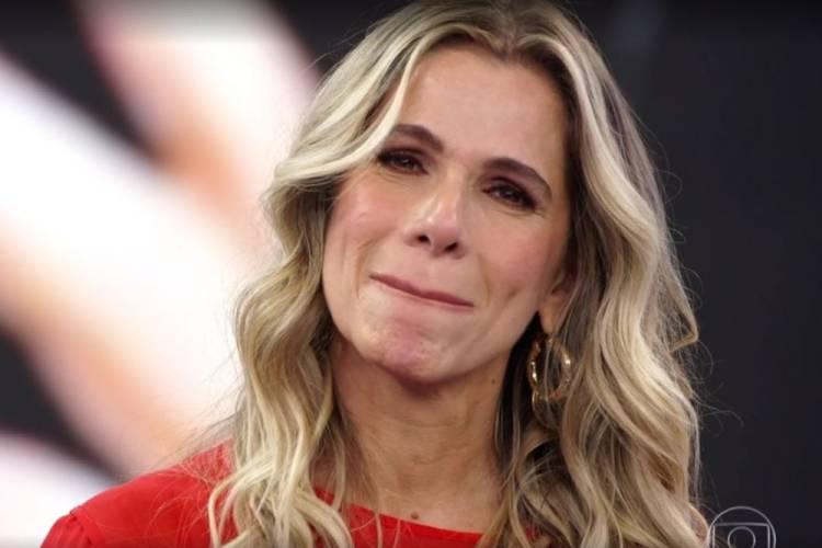 Ingrid Guimarães se emociona com homenagem de Heloisa Périsse no 'Domingão do Faustão'