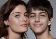 Isabeli Fontana e filho Luca reprodução Instagram