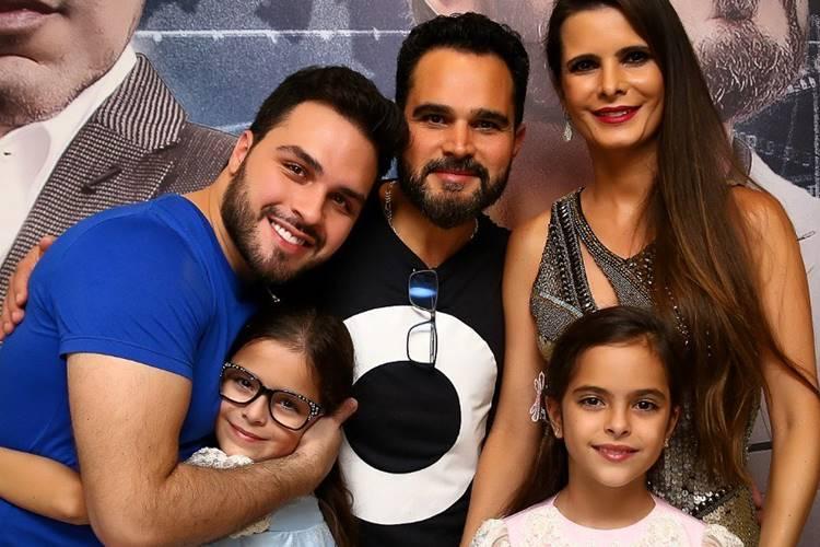 Luciano Camargo faz homenagem aos Dia das Crianças e deixa filho de escanteio
