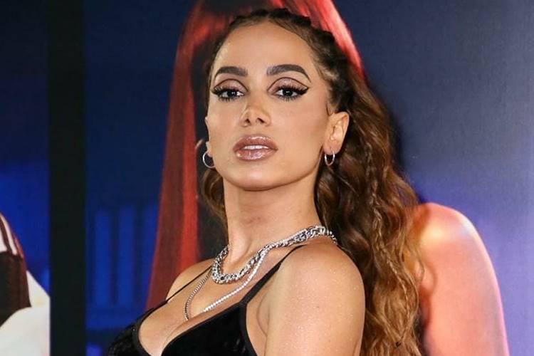 Só com publicidade, Anitta já faturou 80 milhões este ano
