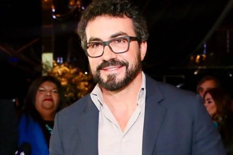 """Padre Fábio de Melo revela que viveu """"paixão avassaladora"""" e quase abandonou a vida religiosa"""