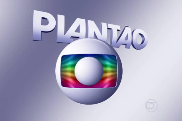 Globo Interrompe A Programacao Exibe Plantao E Choca Nacao Brasileira Area Vip