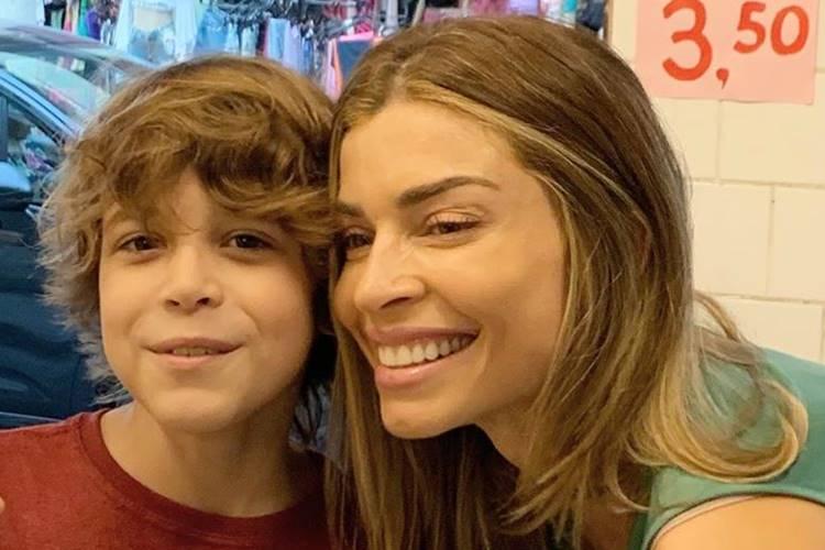 Filho de Grazi Massafera na ficção fala sobre relação com a atriz