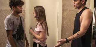 Malhação - Cléber sente ciúmes da aproximação de Anjinha e Tatoo (Globo/Victor Pollak)