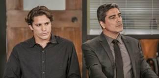 Malhação - Rui com o advogado (Globo/Victor Pollak)