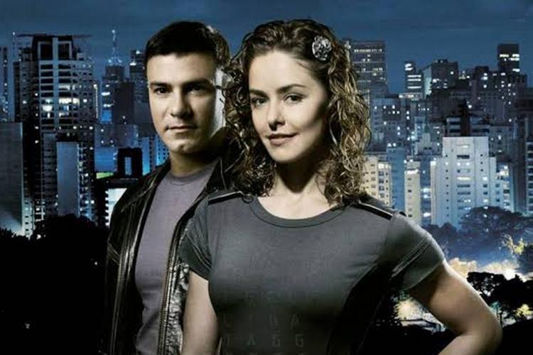 Record decide exibir todas as temporadas da saga da novela 'Os Mutantes'