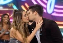 Zé Felipe beija a namorada Isabella Arantes no palco do Faustão