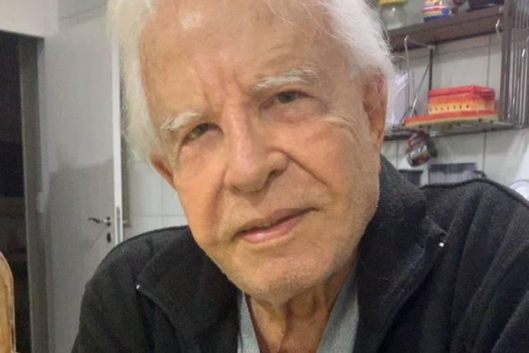 Aos 92 anos, Cid Moreira tem rotina intensa em meio a isolamento