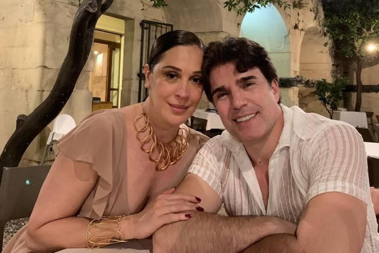 """Claudia Raia celebra primeiro ano de casada com Jarbas: """"Homem da minha vida"""""""