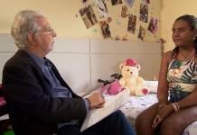Domingos Meirelles entrevista Thalita, que escapou do massacre da escola de Suzano (Divulgação/RecordTV)