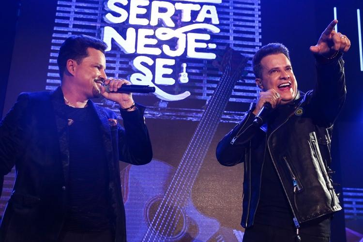 Gravação do DVD de João Neto e Frederico conta com participação de Felipe Araújo e MC Kekel em Goiânia