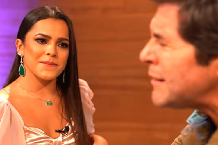 Emilly Araújo vai às lágrimas após revelação para o cantor sertanejo Daniel