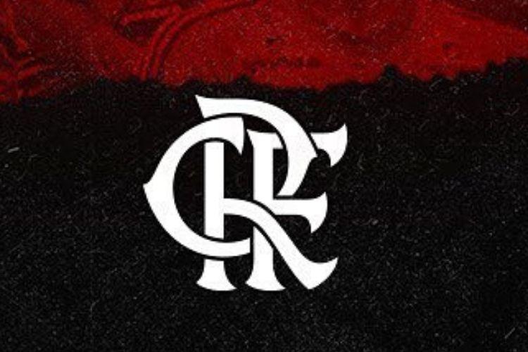 Namorando, jogador do Flamengo diz que está solteiro na hora de 'pular a cerca'