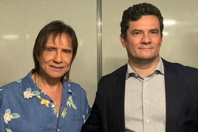 "Roberto Carlos é tietado por ministro Sérgio Moro: ""Dia de reverenciar o Rei"""