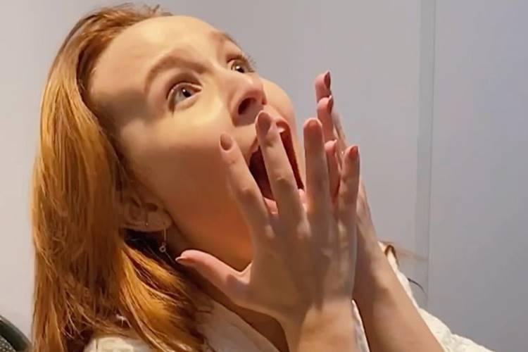 """Larissa Manoela comemora mais uma marca histórica com seu filme """"Modo Avião"""""""