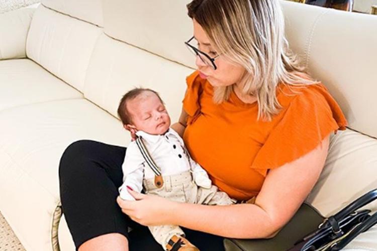 Marilia Mendonça e filho Leo reprodução Instagram
