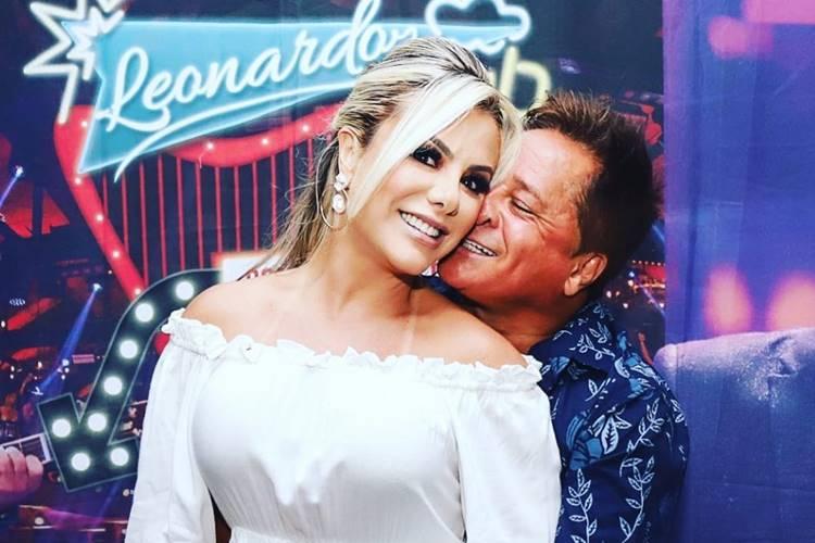 Sertanejo Leonardo tem atitude surpreendente com a esposa durante show