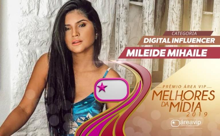 Pela segunda vez, Mileide Mihaile celebra conquista do 'Prêmio Área VIP'