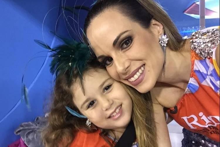 Ana Furtado relembra momento ao lado da filha