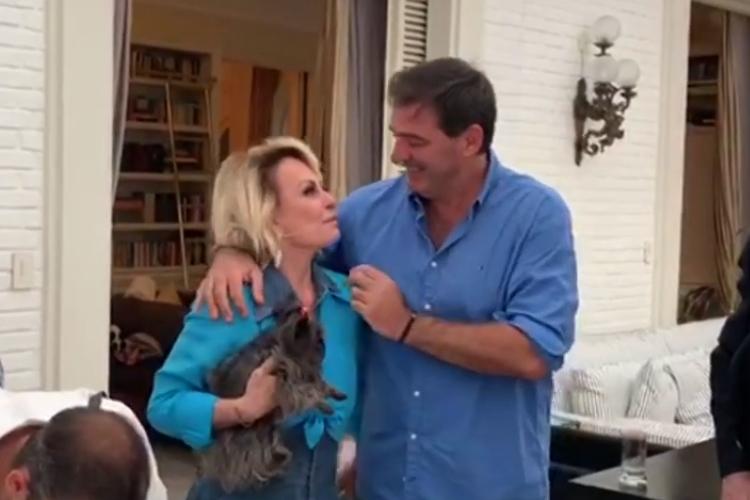 De surpresa, Ana Maria Braga se casa com francês Johnny Lucet em São Paulo