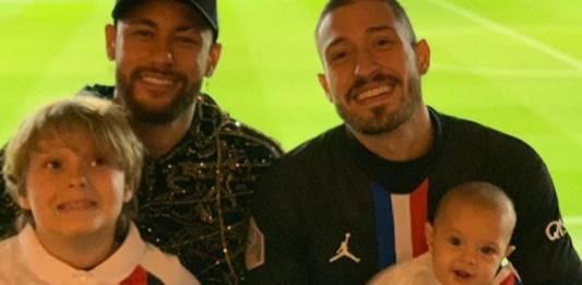 Neymar Jr filho Davi Lucca Vinicius Martinez e filho Valentim reprodução Instagram