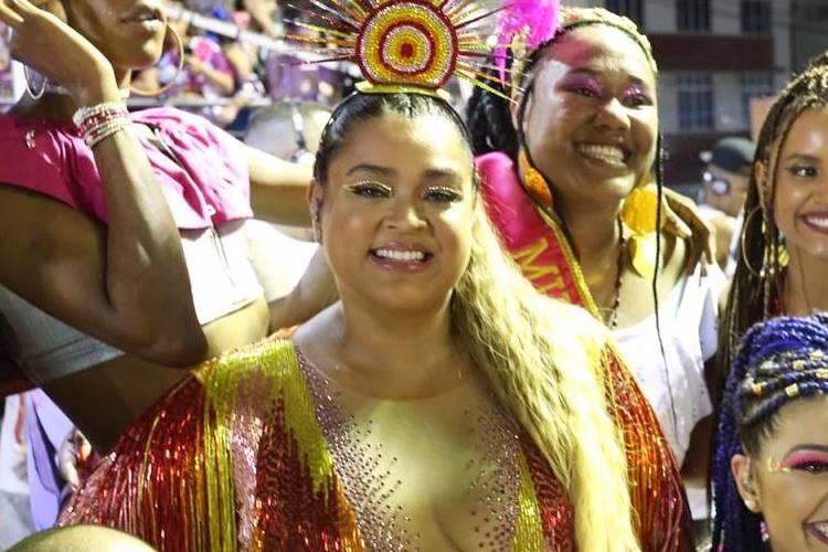 """No Carnaval de Salvador, Preta Gil fala sobre celulite: """"Gostosa em braile"""""""
