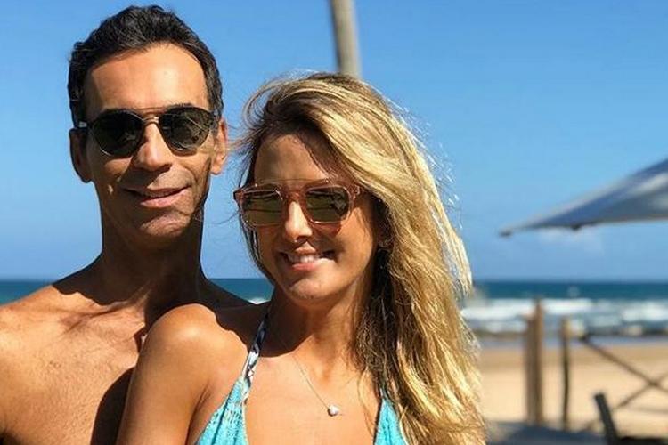 Ticiane Pinheiro revela detalhes quentes na cama com César Tralli