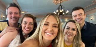 Troca de Esposas - Tici com participantes (Divulgação/Record TV)