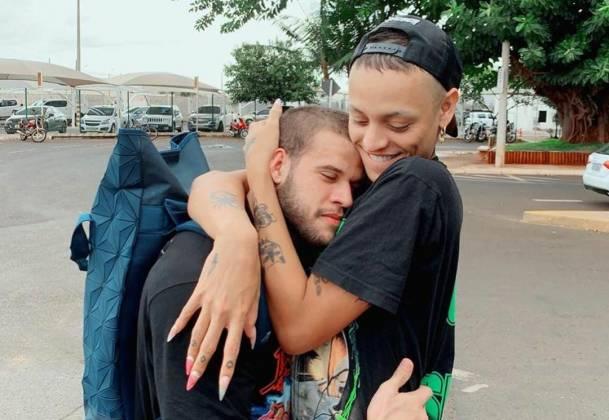 Pabllo Vittar e namorado - Reprodução: Instagram