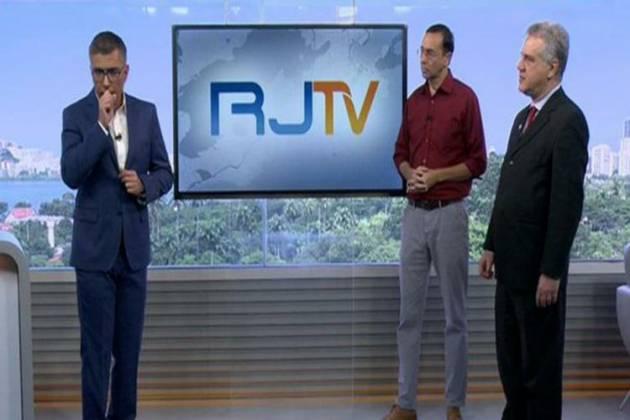Apresentador da Globo se corrige ao vivo após gafe em entrevista sobre coronavírus