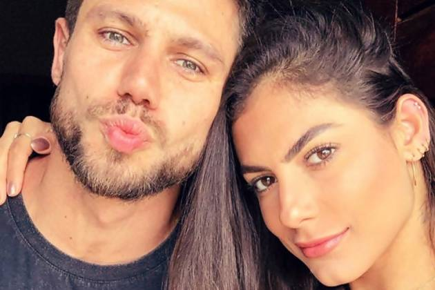 Mari Gonzalez e Jonas, seu namorado - Instagram