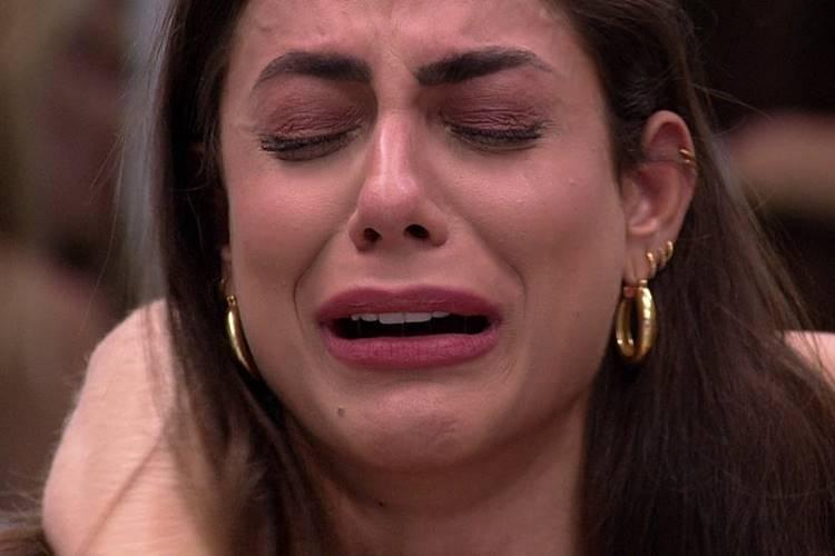 BBB20: Gizelly faz Mari chorar; saiba o motivo