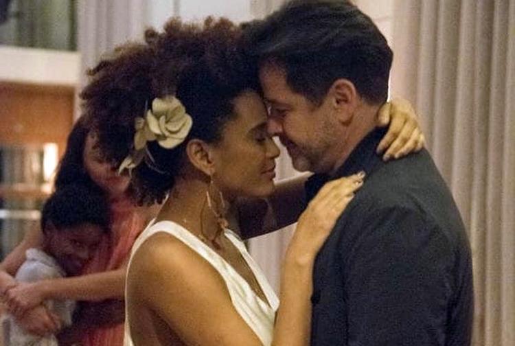 Taís Araújo faz brincadeira com casamento de Vitória e Raul em 'Amor de Mãe'