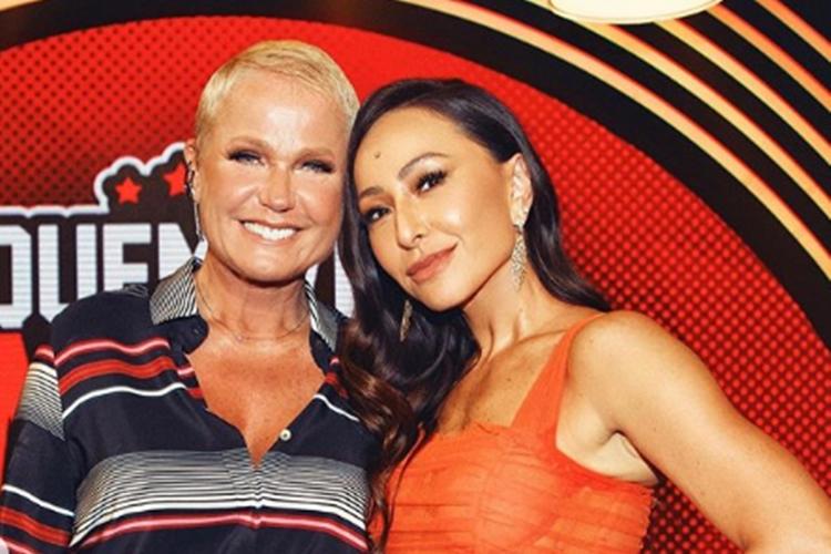 Sabrina Sato faz linda declaração de aniversário para Xuxa
