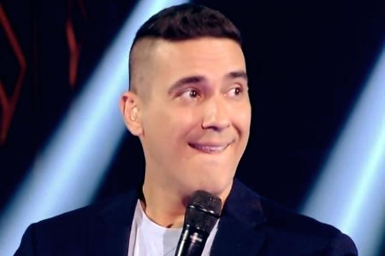 """André Marques no """"The Voice Kids"""" Imagem: Reprodução/TV Globo"""