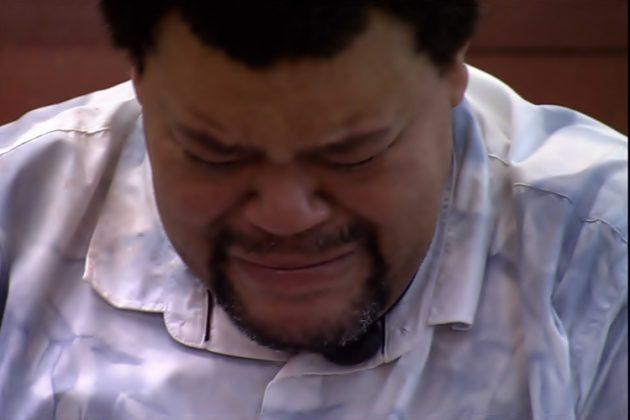 Chorando, Babu agradece e desabafa: 'A Batalha ainda não acabou' — Foto: Globo