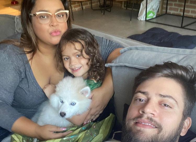 Ao lado da família, Preta Gil agradece cura do novo coronavírus