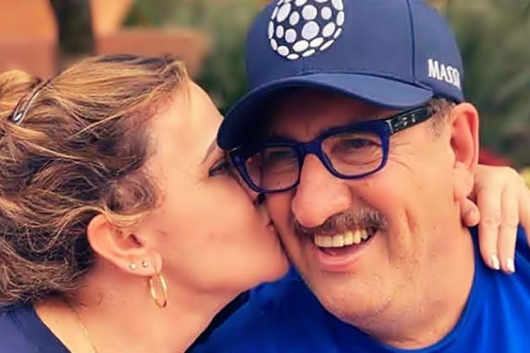 Ratinho é só grude com a esposa nas férias: 'Descansando juntinhos' - Reprodução/Instagram
