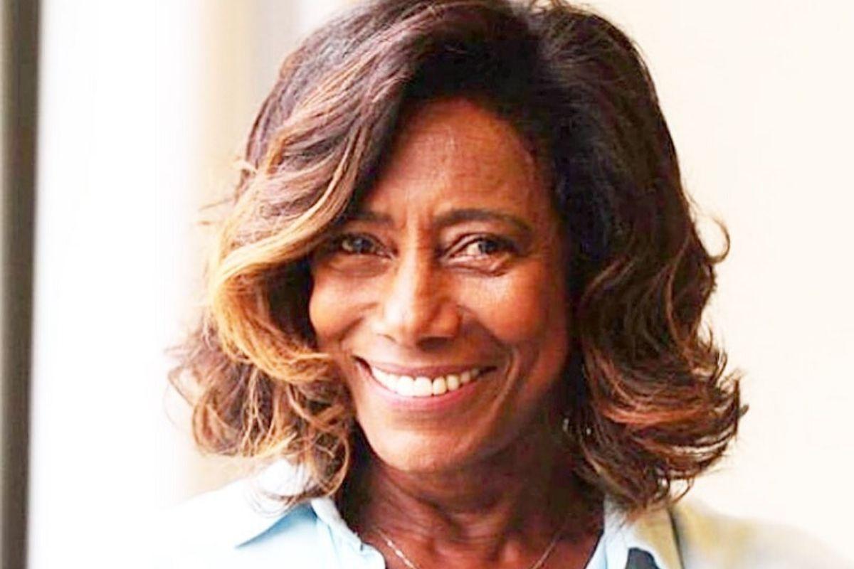 Gloria Maria feliz
